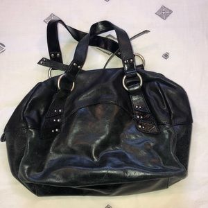Kenneth Cole Reaction leather purse.